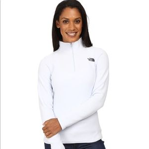 The North Face Half-Zip Fleece Pullover in white